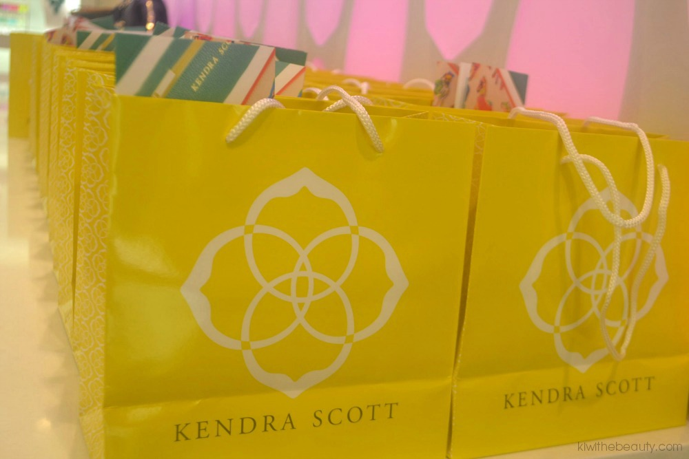kendra-scott-kiwi-the-beauty1