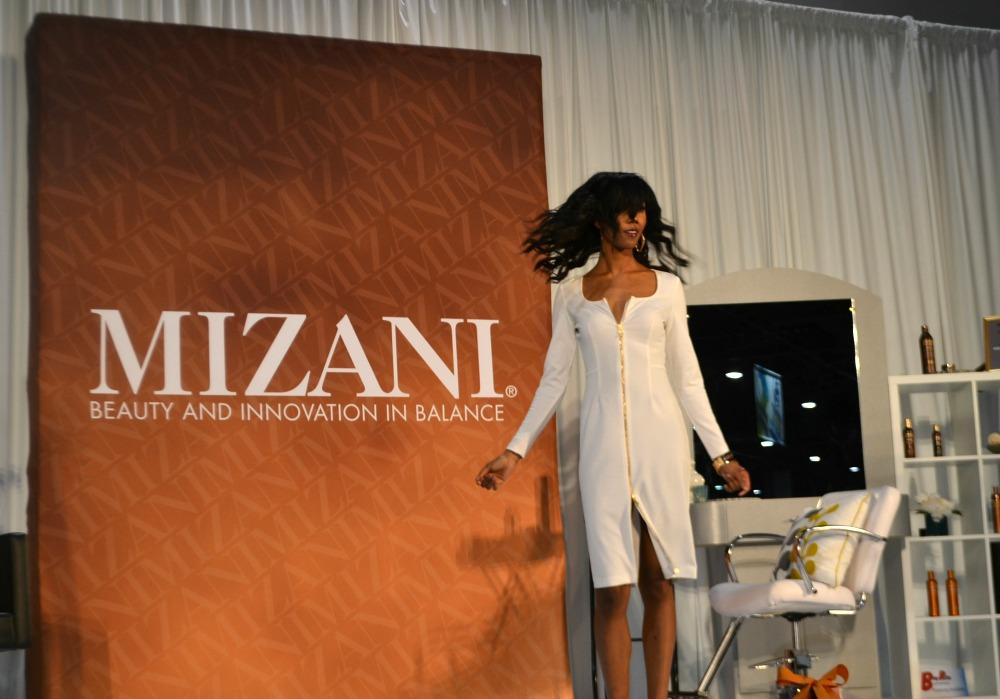 mizani-bronner-bros-2015-showcase3