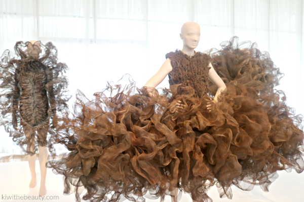 Iris-Van-Herpen-Atlanta-Exhibit-Transforming-Fashion-Blog-Kiwi-The-Beauty-1