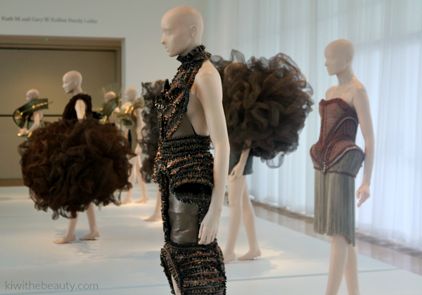 Iris-Van-Herpen-Atlanta-Exhibit-Transforming-Fashion-Blog-Kiwi-The-Beauty-3