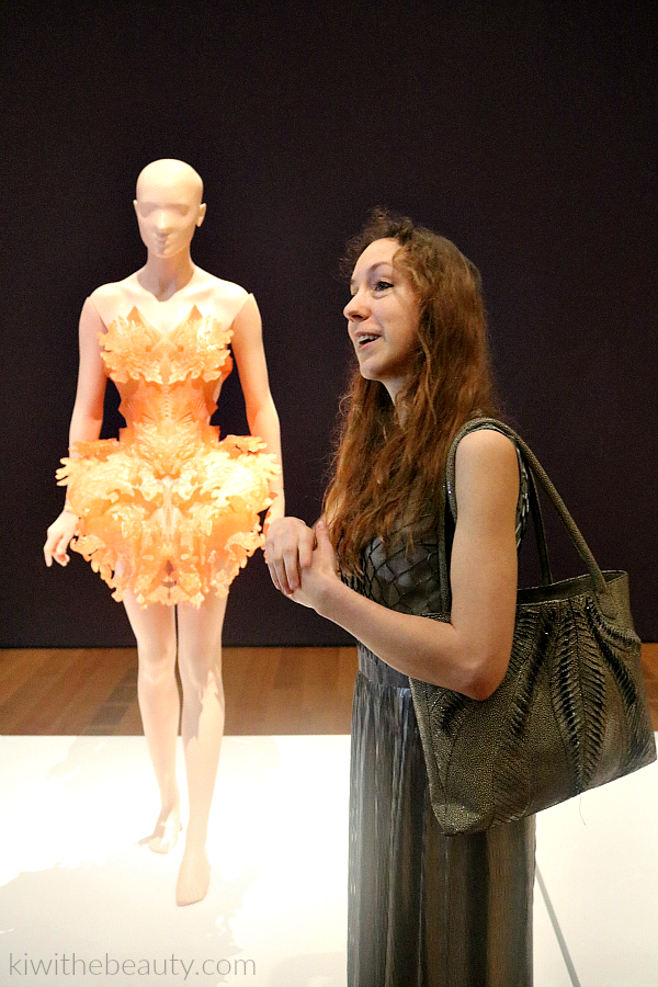 Iris-Van-Herpen-Atlanta-Exhibit-Transforming-Fashion-Blog-Kiwi-The-Beauty-7