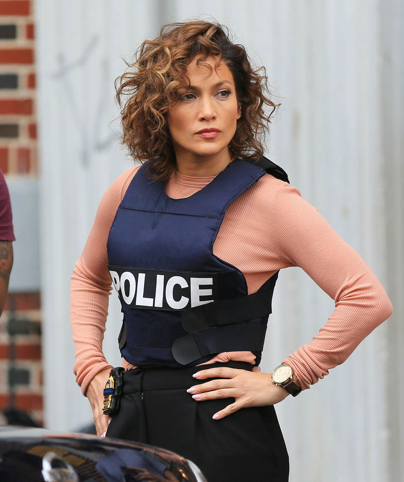 Jennifer Lopez dons a bulletproof vest on the filmset of her TV show 'Shades of Blue' in Bklyn, NY